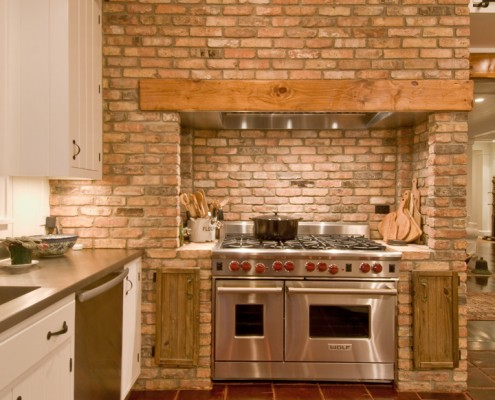 Retro rustic kitchen hamptons habitat for Kitchen units made of bricks