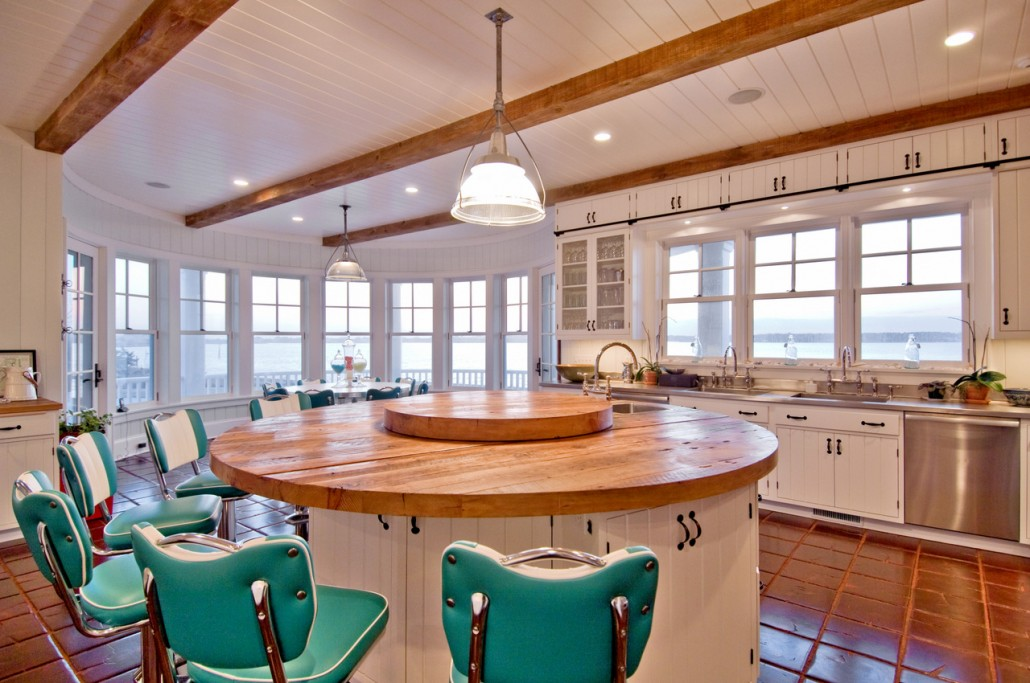 Hamptons Retro Rustic Kitchen With Bar Stools