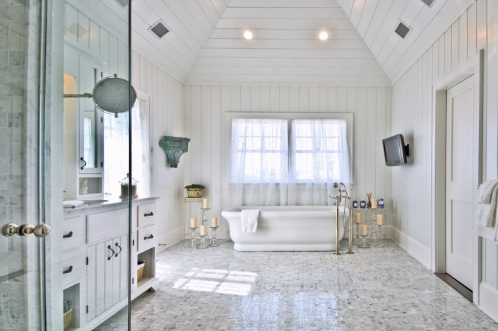 Hamptons Beach House Bathroom
