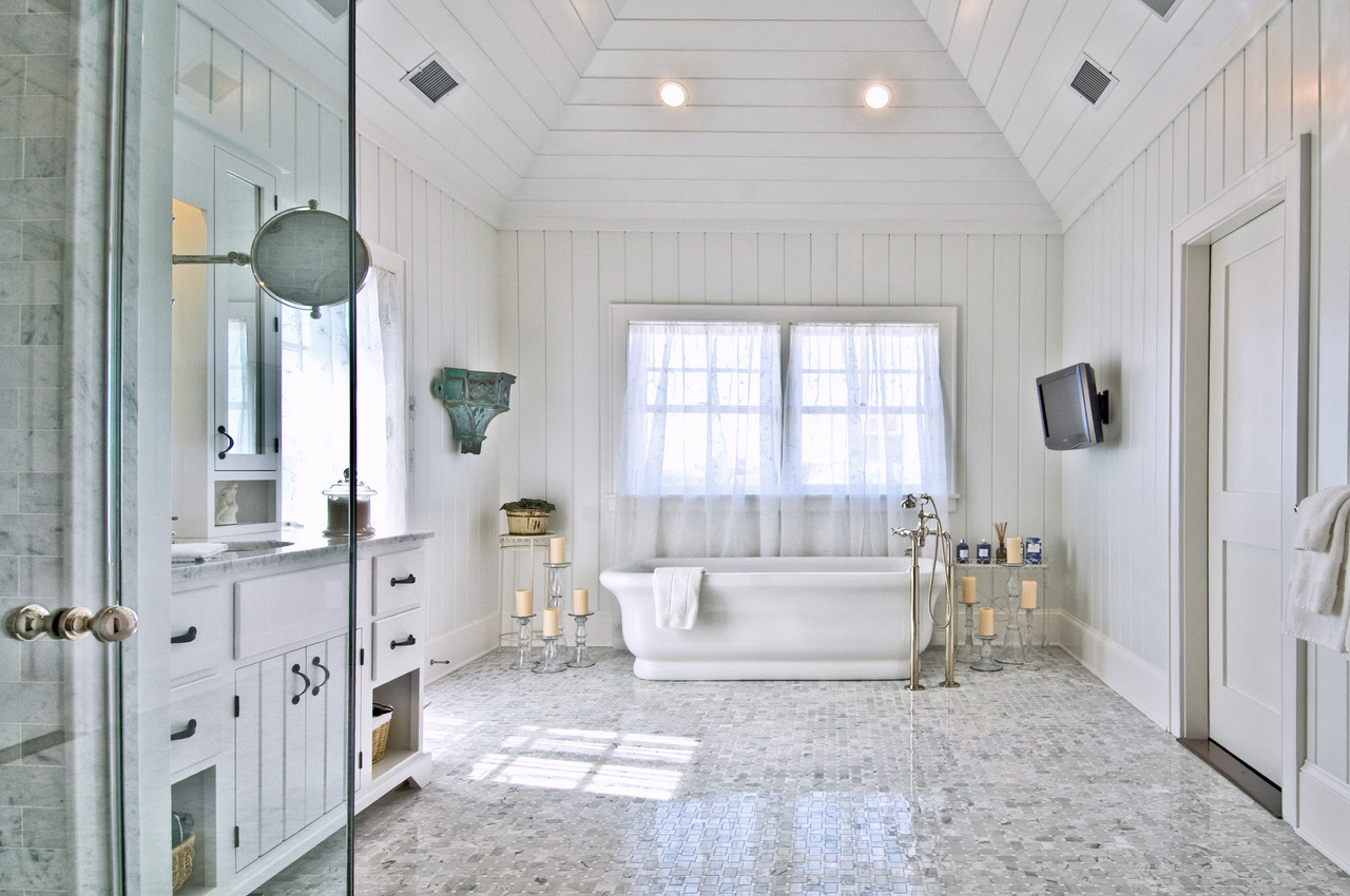 Hamptons beach house bathroom hamptons habitat for New style bathroom