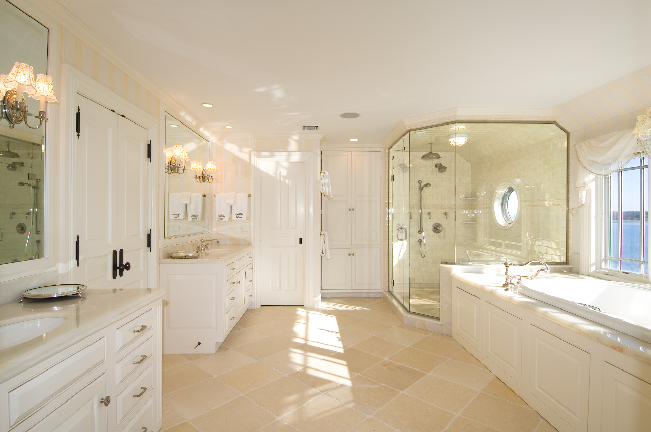Bathroom Sets Luxury Reconditioned Bath Tub In Master Bedroom: Shelter Island Luxury Home By Hamptons Habitat Custom Home