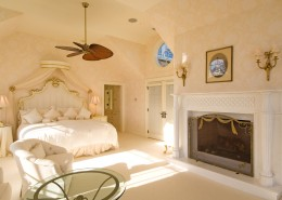 Bumblebee Manor - Master Suite