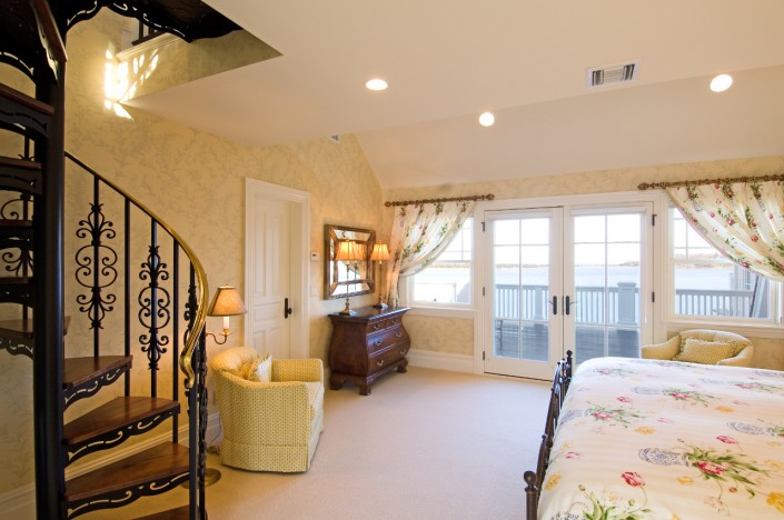 Bumblebee Manor - Yellow Bedroom