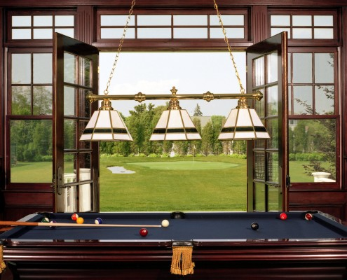 Hamptons Billiard Room & Putting Green