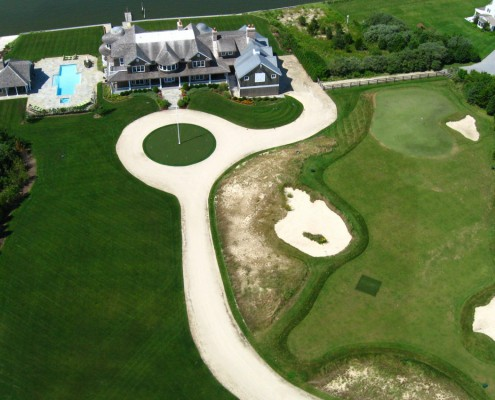 Hamptons Home with Golf Course