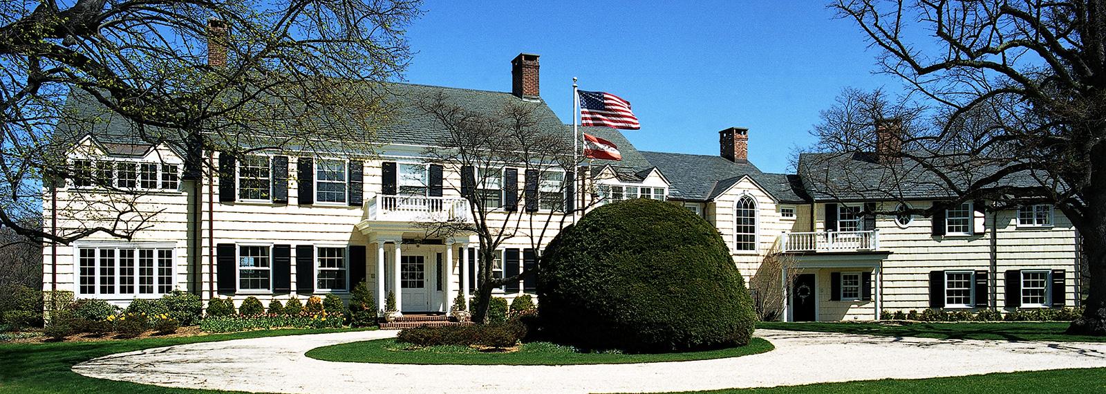 Garden City Luxury Home